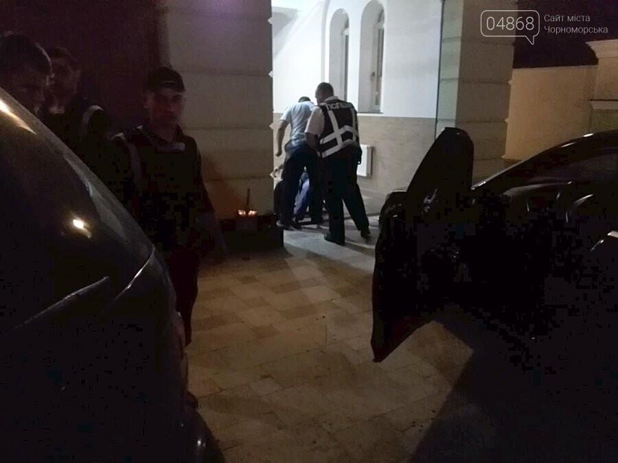 В Черноморске стреляли в депутата горсовета, фото-4