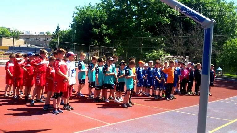 В Черноморске прошло первенство по гандболу памяти Валерия Оркиса, фото-1