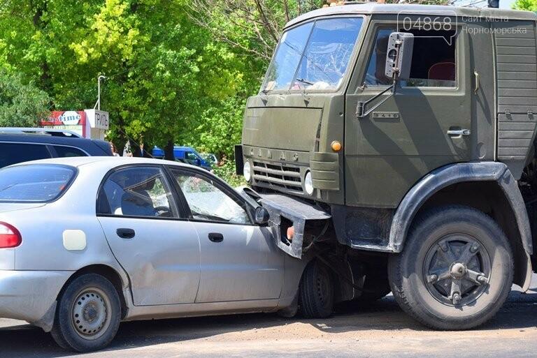 ДТП В Черноморске: Daewoo залетел под КамАЗ, фото-2