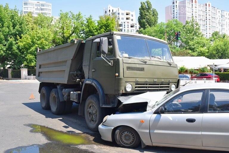 ДТП В Черноморске: Daewoo залетел под КамАЗ, фото-4