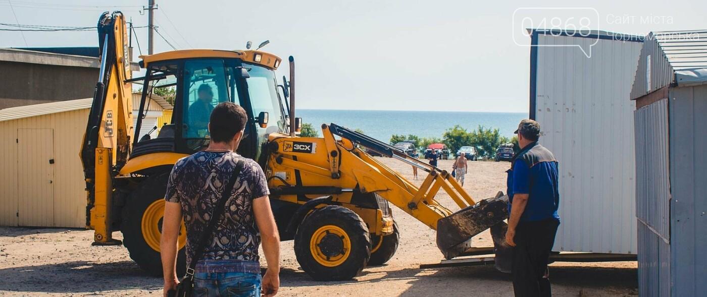 Торговые точки без документов начали демонтировать с пляжа Черноморска, фото-4