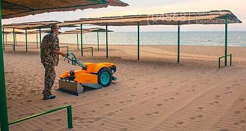 Песок на Центральном пляже Черноморска ежедневно чистят и просеивают, фото-3