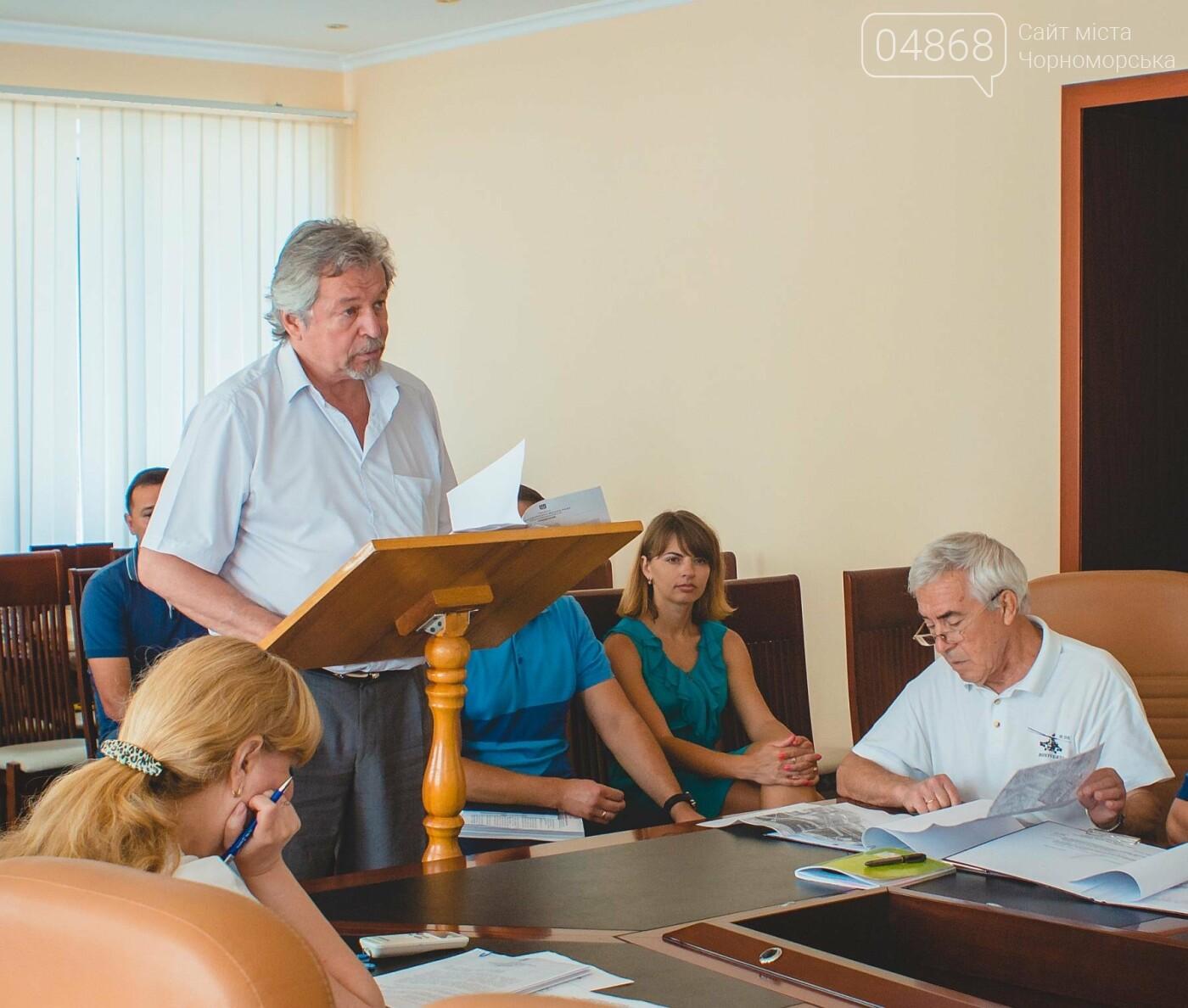 В Черноморске скорректировали схему размещения торговых точек, фото-5