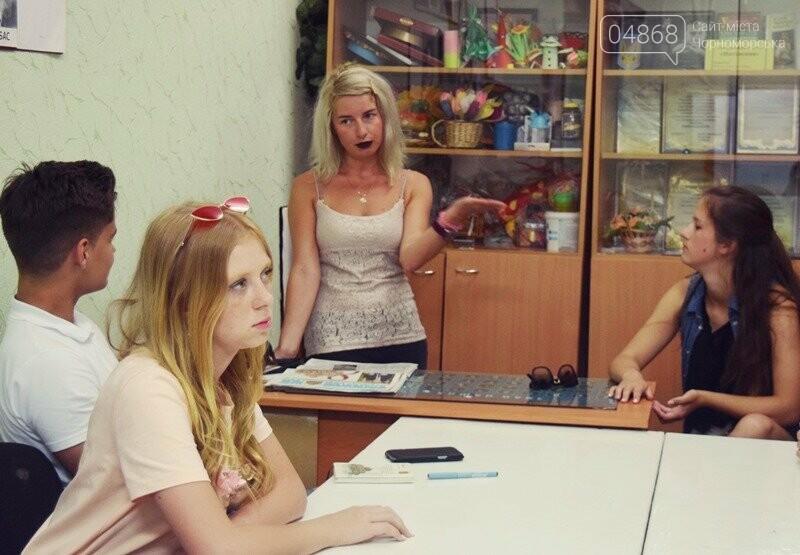 Журналисты СМИ Черноморска встретились с юными лидерами города и ответили на непростые вопросы, фото-10