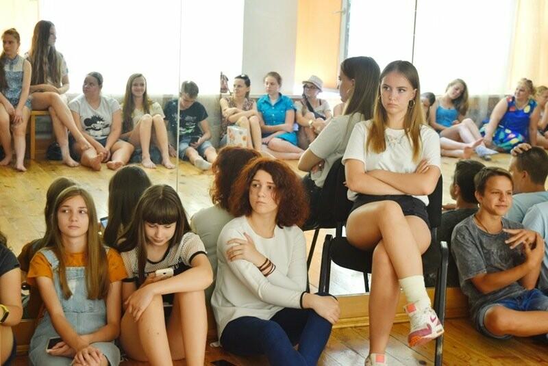 Журналисты СМИ Черноморска встретились с юными лидерами города и ответили на непростые вопросы, фото-7