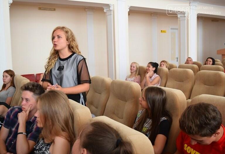 Слушатели Школы лидеров встретились с теми, кто стоит на страже здоровья в Черноморске, фото-4