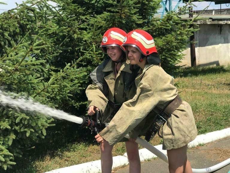 Школа лидеров в гостях у пожарно-спасательной службы Черноморска, фото-7