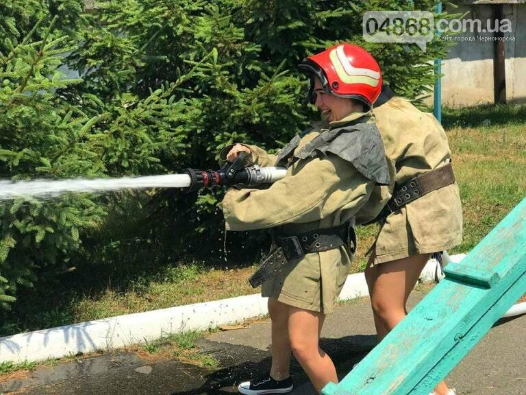 Школа лидеров в гостях у пожарно-спасательной службы Черноморска, фото-5
