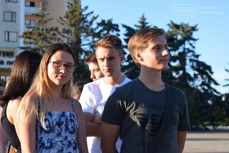 Вальс на площади и 25 медалей: Черноморск готовится к Празднику выпускников, фото-4