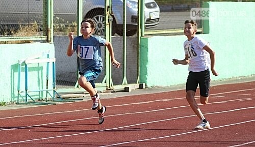 В Черноморске проходит Чемпионат города по легкой атлетике, фото-1