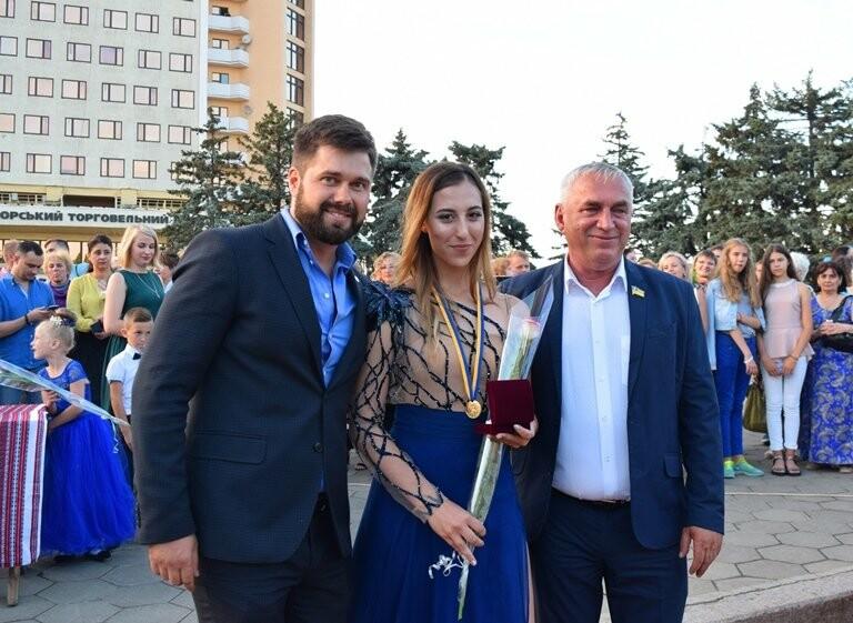 «Прощай, школа!»: в Черноморске прошёл Праздник выпускников, фото-39