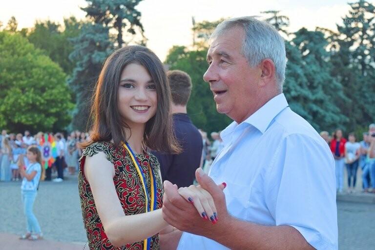 «Прощай, школа!»: в Черноморске прошёл Праздник выпускников, фото-18