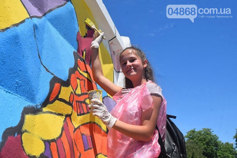 Драйв творчества: «Art weekend» подарил Черноморску новый мурал, а участникам проекта – отличное настроение, фото-15