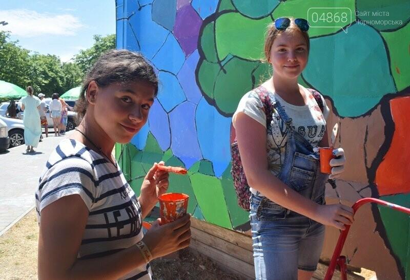 Драйв творчества: «Art weekend» подарил Черноморску новый мурал, а участникам проекта – отличное настроение, фото-32