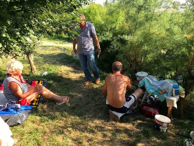 На побережье у Черноморска ликвидировали очаг антисанитарии – «дикий» палаточный городок, фото-10