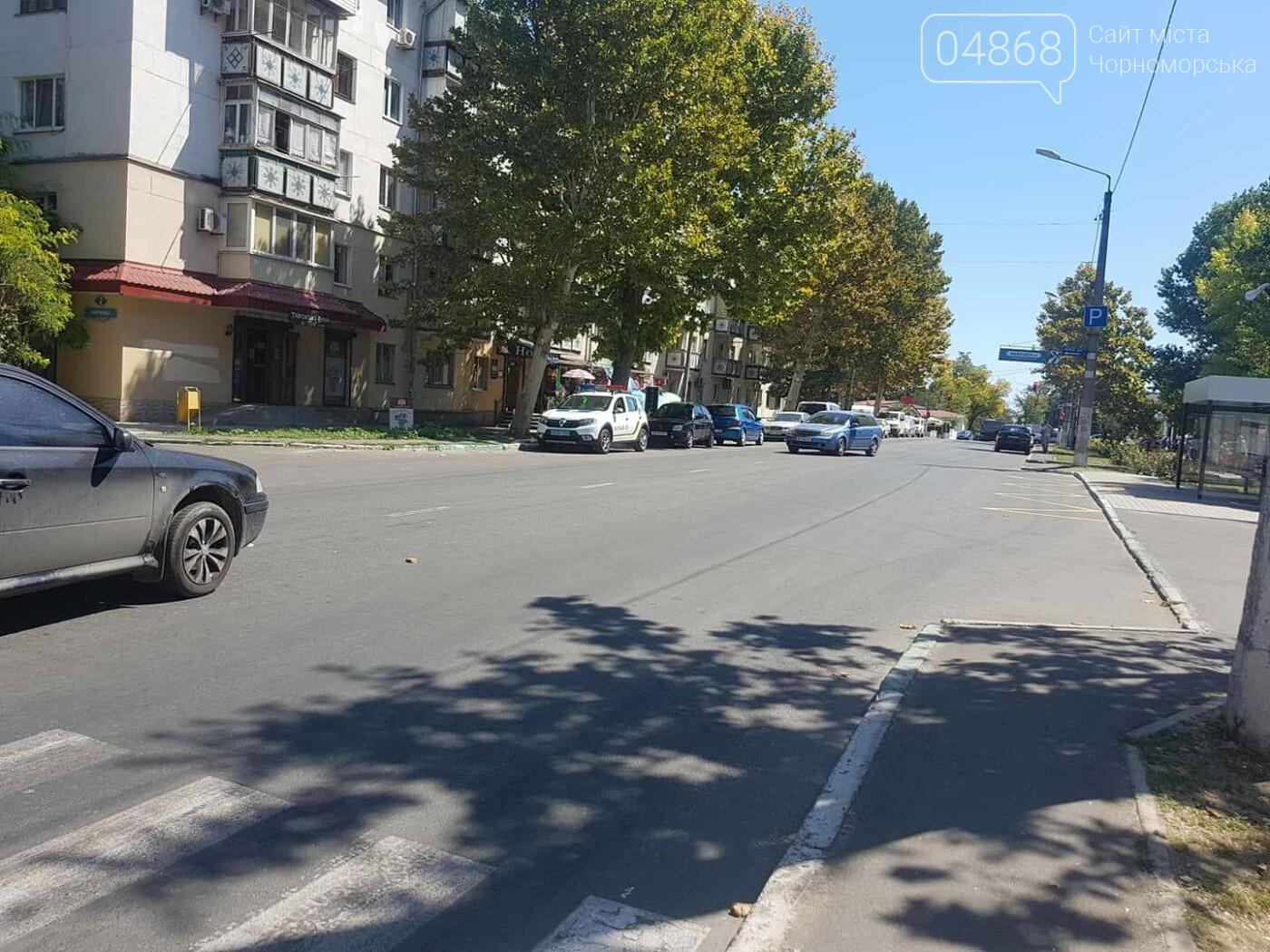 На пешеходном переходе в Черноморске сбили двух женщин, фото-5