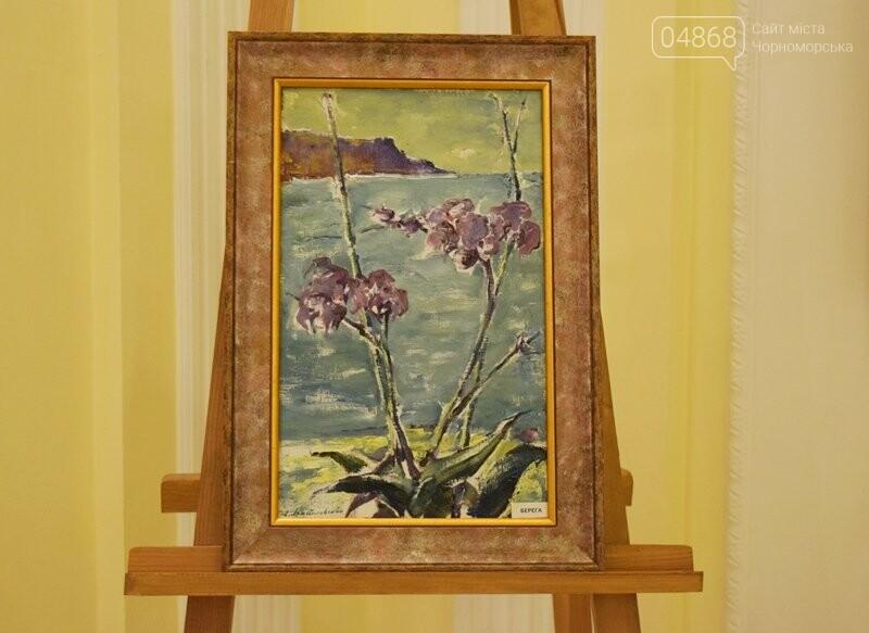 Немного вина, много эротики и красоты: в Черноморске представили картины Гарольда Измайловского, фото-21