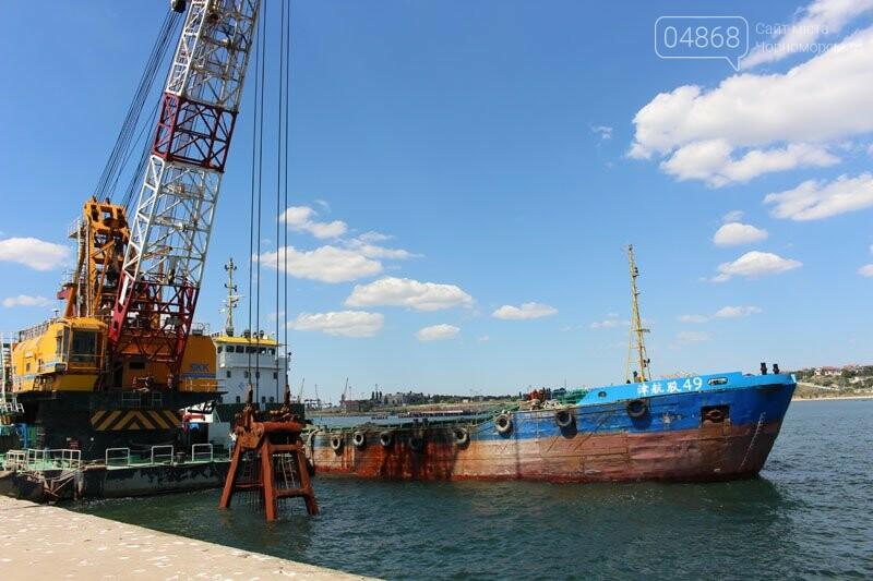 В морском порту Черноморска начались работы по дноуглублению, фото-5