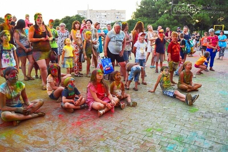 Яркие эмоции, драйв и позитив: в Черноморске прошла «Битва красок» , фото-9