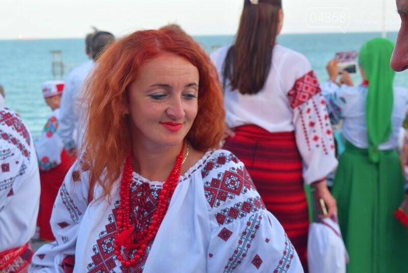 Около 1000 человек стали участниками Всеукраинского фестиваля «Серпневий заспів» в Черноморске, фото-23
