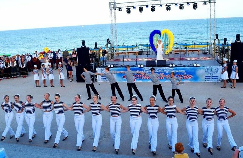 Около 1000 человек стали участниками Всеукраинского фестиваля «Серпневий заспів» в Черноморске, фото-15