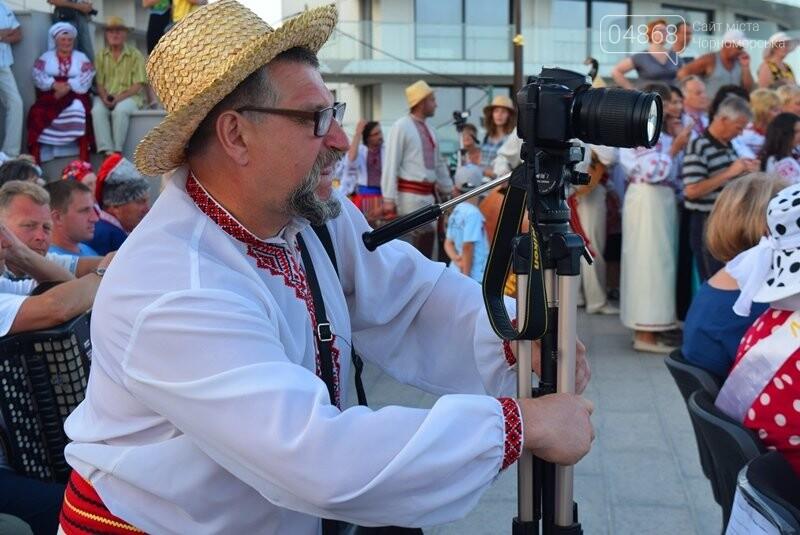 Около 1000 человек стали участниками Всеукраинского фестиваля «Серпневий заспів» в Черноморске, фото-14