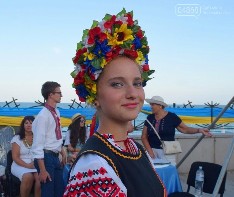 Около 1000 человек стали участниками Всеукраинского фестиваля «Серпневий заспів» в Черноморске, фото-2