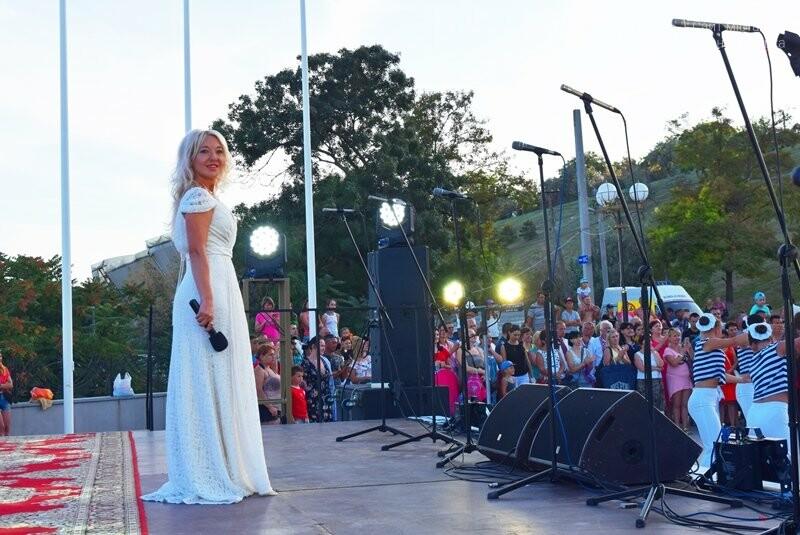 Около 1000 человек стали участниками Всеукраинского фестиваля «Серпневий заспів» в Черноморске, фото-17