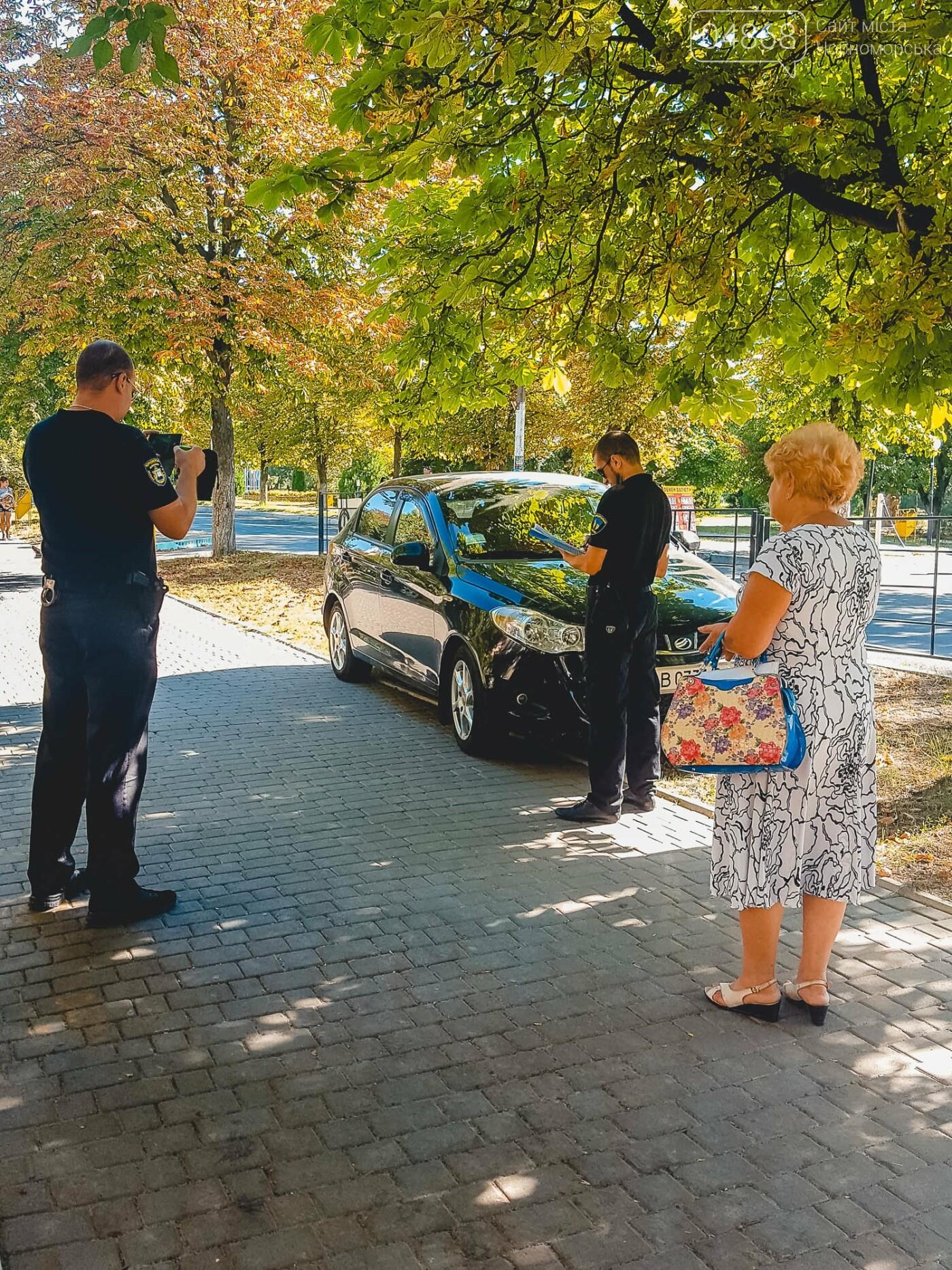 На нарушителей парковки в Черноморске ежедневно составляется свыше 10 актов, фото-8