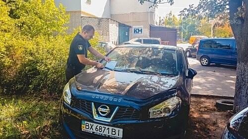 На нарушителей парковки в Черноморске ежедневно составляется свыше 10 актов, фото-1