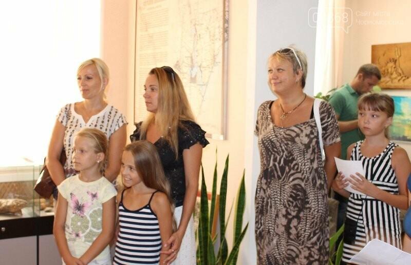 В Музее истории порта наградили юных художников Черноморска, фото-16