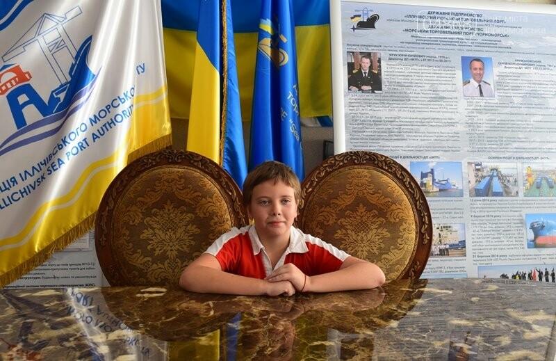 В Музее истории порта наградили юных художников Черноморска, фото-5
