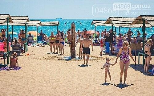 За 3 месяца Черноморск посетили больше 210 тысяч человек, фото-1