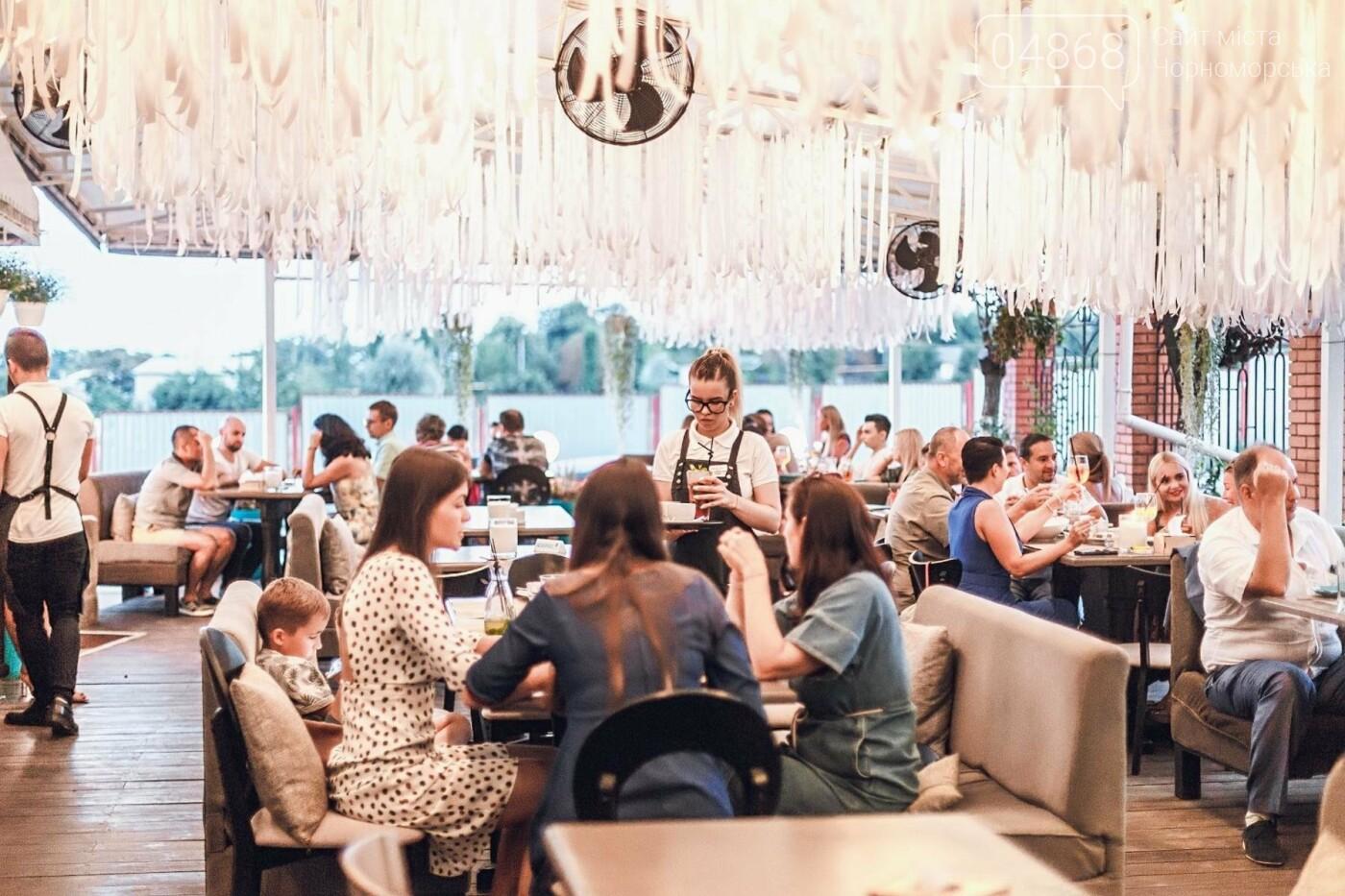 В День Независимости Украины Wellcafe порадует черноморцев вкусным меню и музыкальным вечером, фото-10