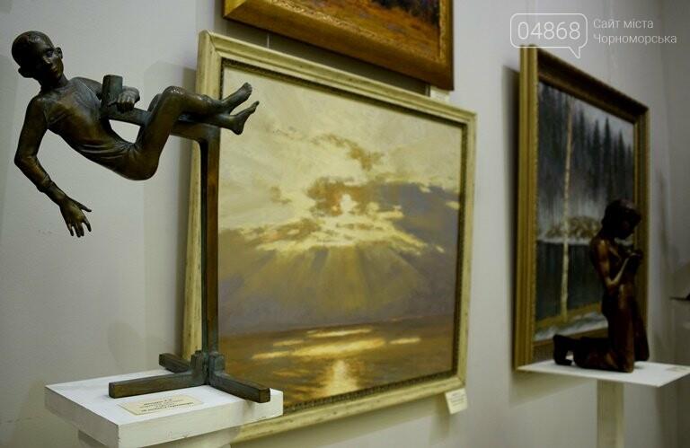 Библейские сюжеты и одесские дворики: в Черноморске открылась выставка трёх Народных художников, фото-17