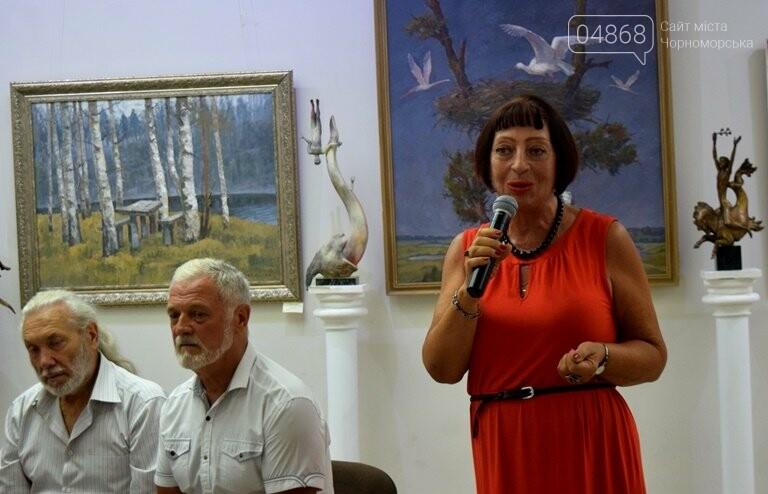 Библейские сюжеты и одесские дворики: в Черноморске открылась выставка трёх Народных художников, фото-11