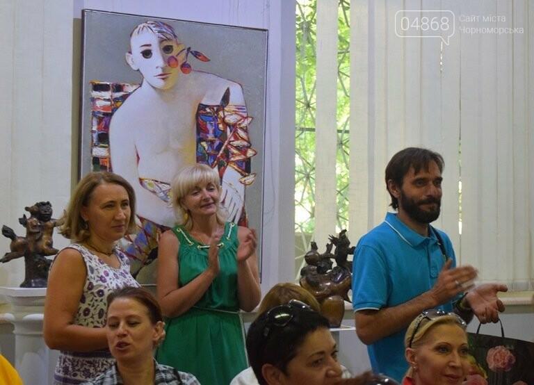 Библейские сюжеты и одесские дворики: в Черноморске открылась выставка трёх Народных художников, фото-6