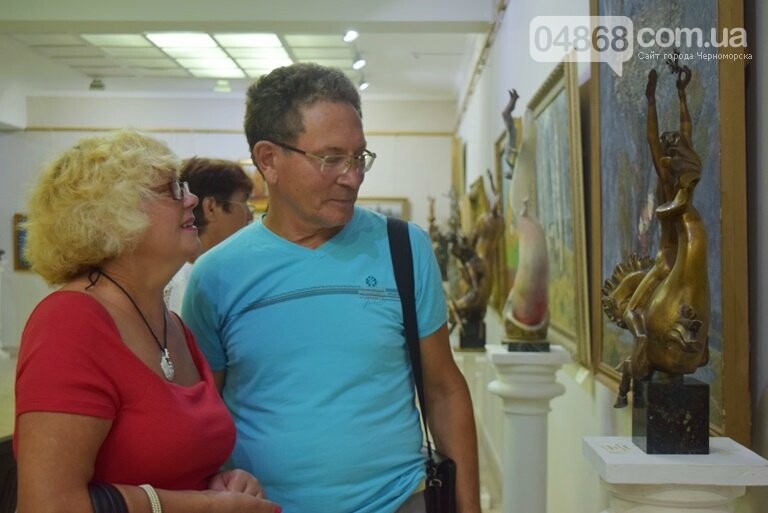 Библейские сюжеты и одесские дворики: в Черноморске открылась выставка трёх Народных художников, фото-14