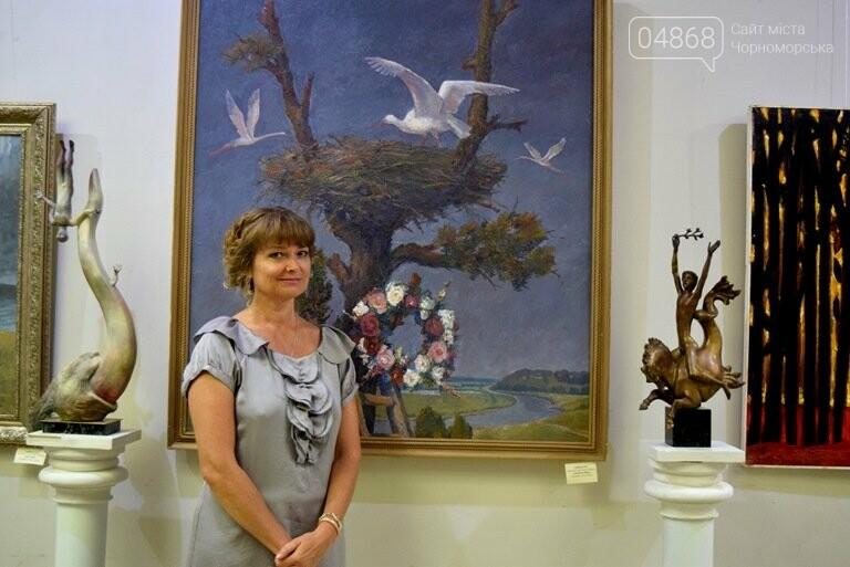 Библейские сюжеты и одесские дворики: в Черноморске открылась выставка трёх Народных художников, фото-9