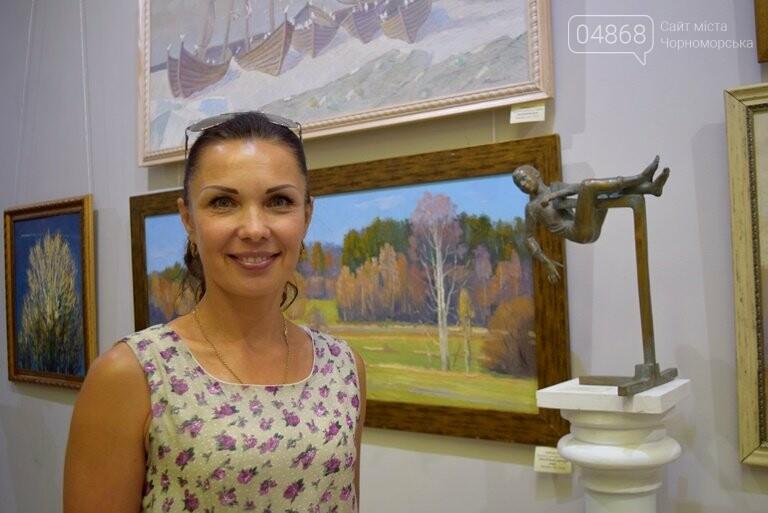 Библейские сюжеты и одесские дворики: в Черноморске открылась выставка трёх Народных художников, фото-13