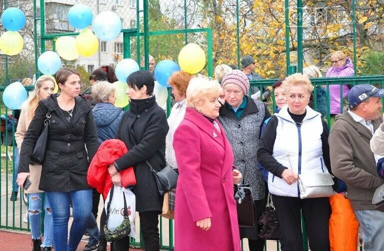В Черноморске открыли современную спортивную площадку , фото-7