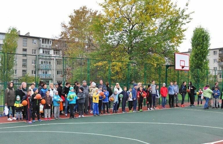 В Черноморске открыли современную спортивную площадку , фото-6