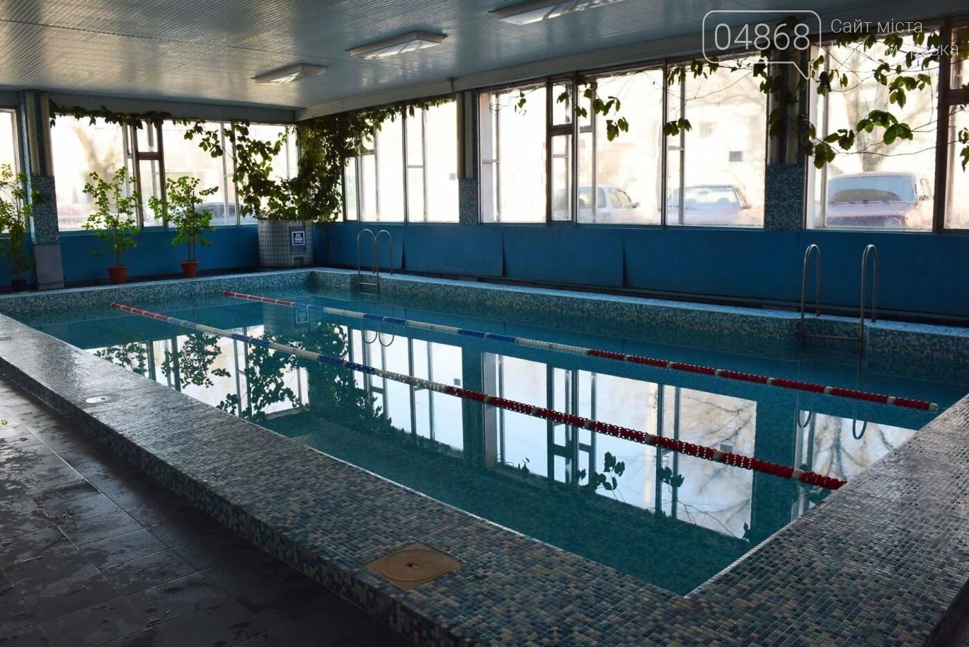 Как сложится судьба бассейнов Черноморска  без централизованной подачи горячей воды, фото-1