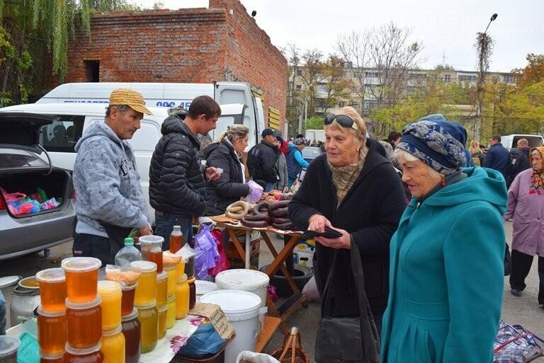 В Черноморске проходит осенняя ярмарка: раки по 250, картофель – по 5.50, фото-33