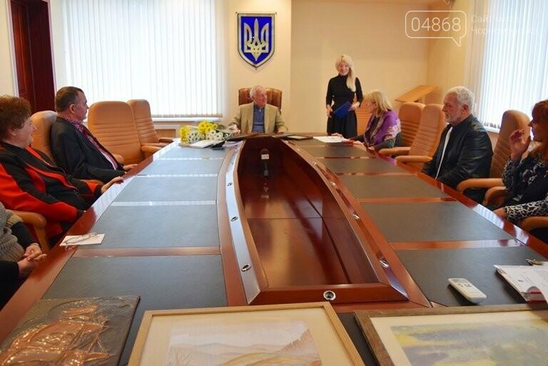 Диплом победителя и 5 тысяч гривен: в Черноморске вручили литературную премию им. В. Сагайдака, фото-5