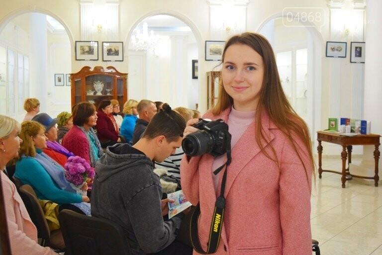 Многогранный талант: в Черноморске прошёл творческий вечер Анны Драй, фото-17