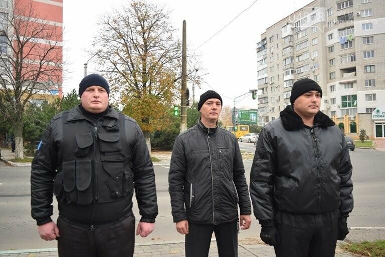 100 гвоздик на аллее Небесной сотни: в Черноморске отметили День Достоинства и Свободы, фото-21