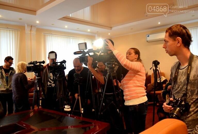 «Я ушёл, но я остаюсь»: Юрий Крук покинул пост заместителя Валерия Хмельнюка, фото-4