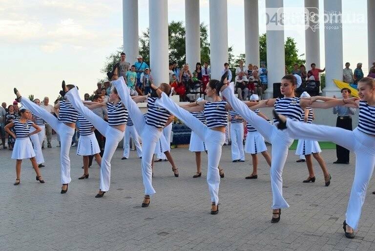 Прославленный танцевальный коллектив Черноморска вновь празднует свою победу, фото-5