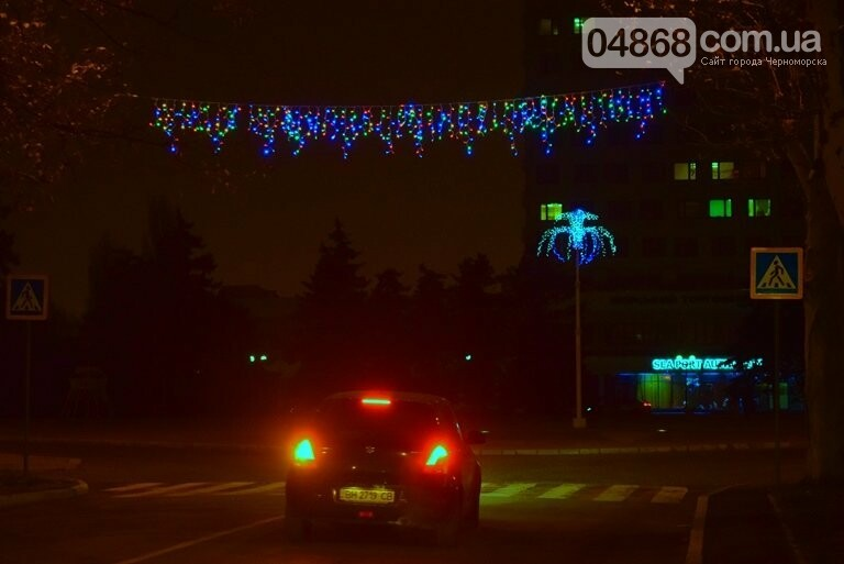 «Огни ночного города»: к новогодним праздникам Черноморск украсит новая иллюминация, фото-1